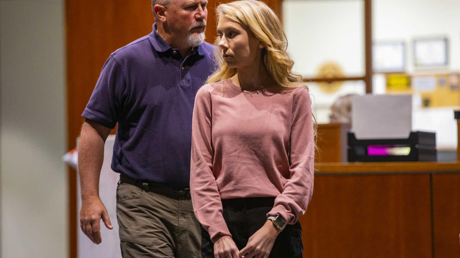 SEE OHIO CHEERLEADER INTERROGATION: Brooke Skylar Richardson sobs, confesses to burying newborn in yard - CrimeOnline