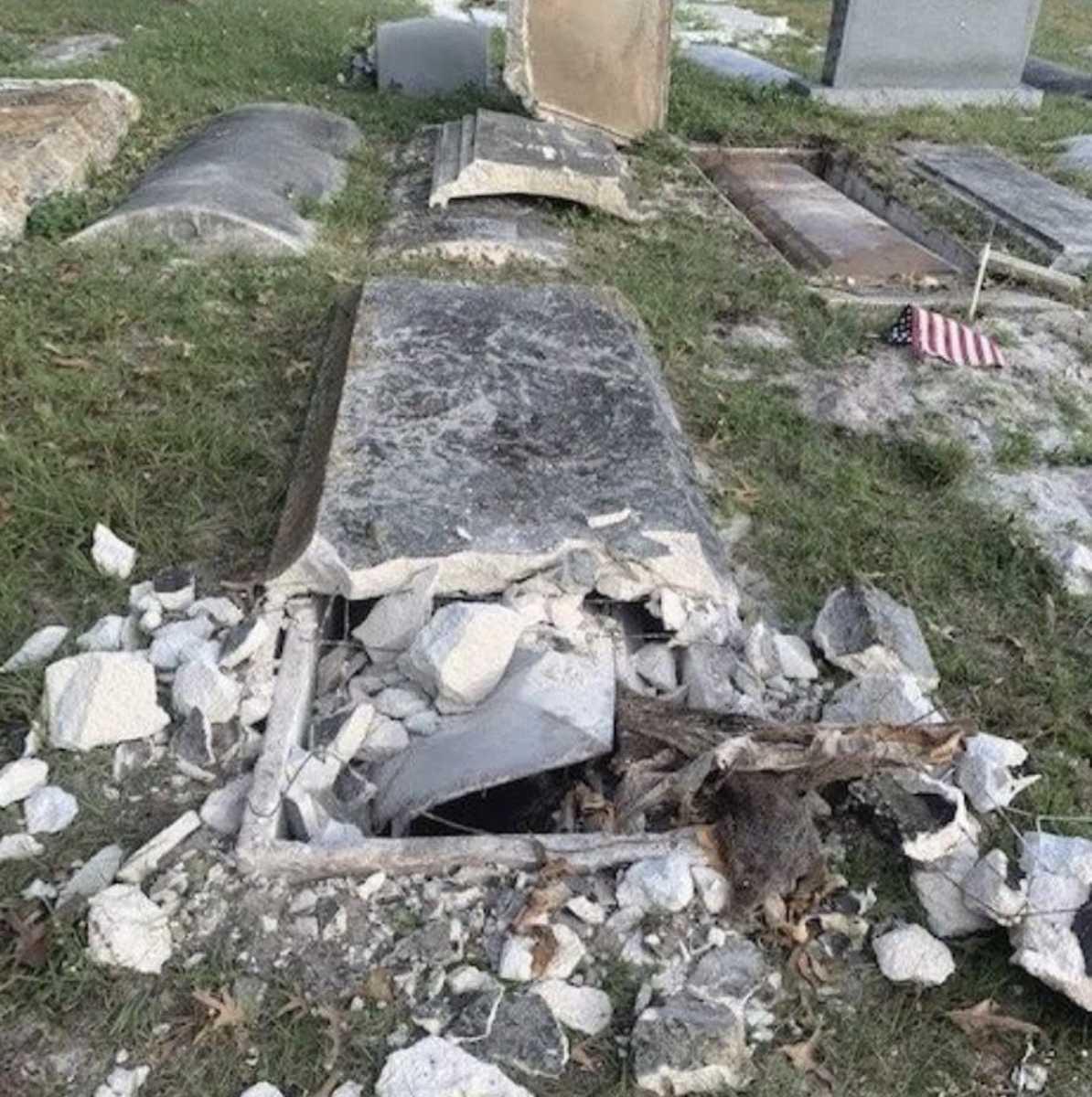 Florida men steal heads of dead veterans for religious shrine: