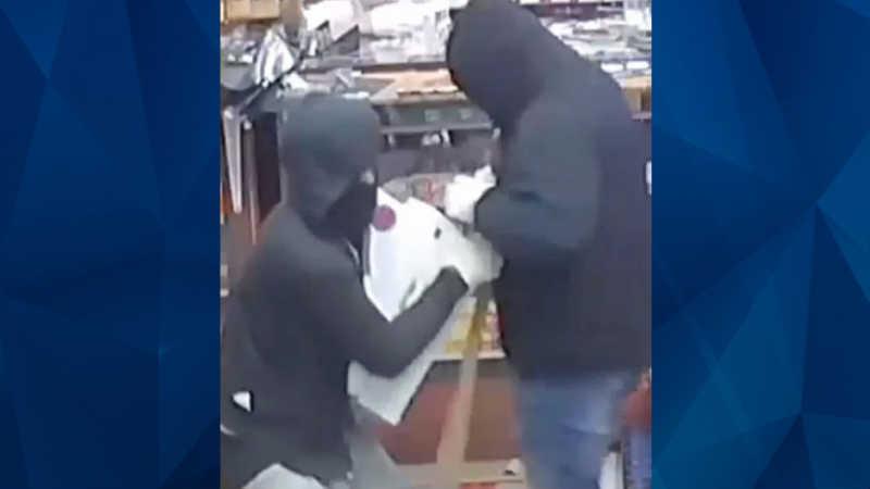 cash register thieves