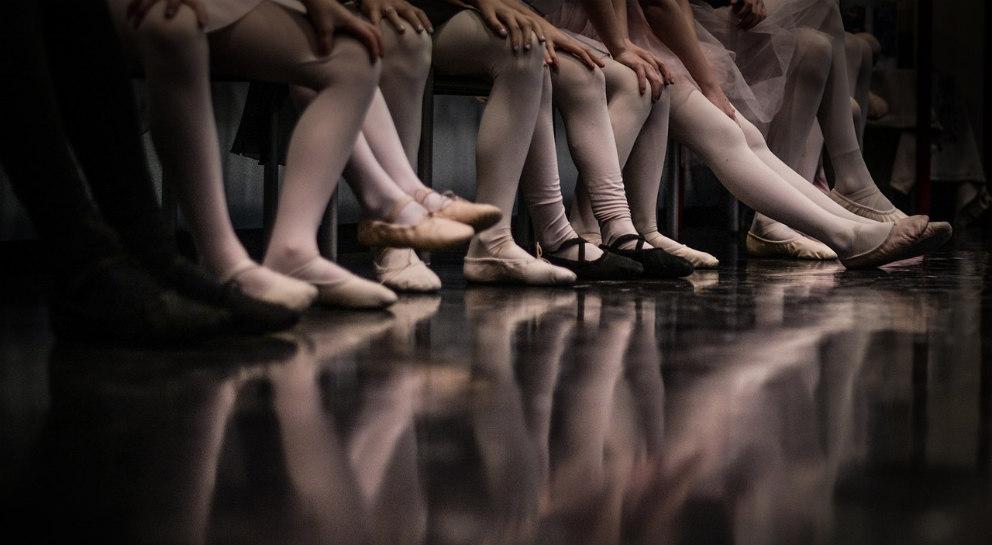 ballet dancers' feet